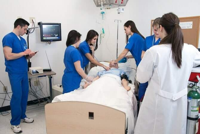 Clinical Training in LPN and LVN Programs